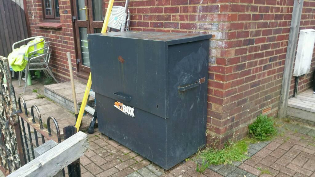 Tool safety box METAL