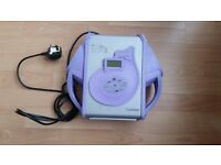 Coomber 3320 - CD Player with built in speakers & 6 headphone outputs