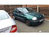 renault clio for sale currently been used until sale £300 ONO
