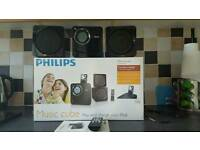 PHILIPS Music Cube with iPod dock