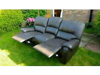 ***SSTC***FREE 3 SEATER LARGE SOFA RECLINER