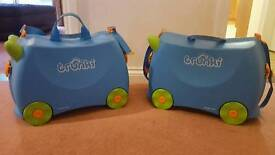 Two blue Trunki's