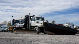 2005 STERLING LT9500 SNOW PLOW / PLOW TRUCK