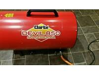 CLARKE DEVIL 850 SPACE HEATER BRAND NEW