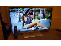 PANASONIC 32 INCH FULL HD 1080P LED TV WITH BUILT-IN Freeview HD, excellent condition