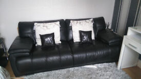 3-Seater Leather Settee