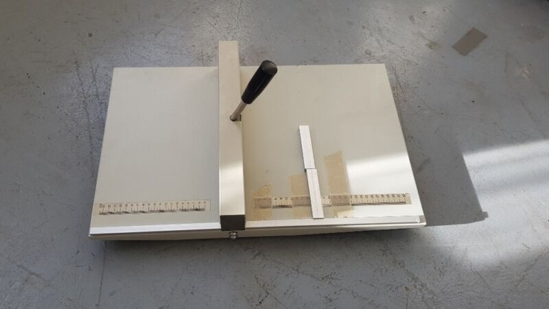 Docrafts Papermania Paper Creaser Set PMA8900