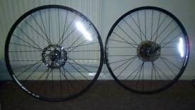 28 inch road wheels
