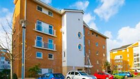 Two/Three bedroom, ground floor apartment in the popular Century Wharf development (Cardiff Bay)