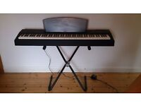 High quality Yamaha electronic piano P-60 with stand and pedals - can deliver