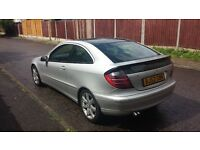 MB COUPE 220 cdi automatic-135 milage-mot 6 montx-v5 presents-servic hystory start drive very well