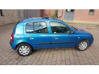 Renault Clio 1.4 2003 5 door 109000 miles MOT May 2017