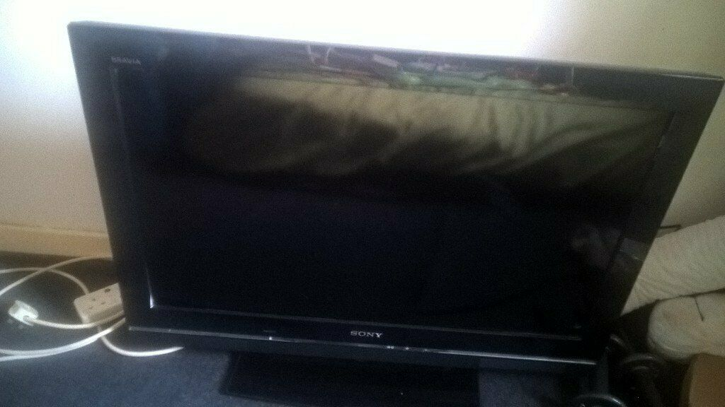 Sony Bravia 32in with remote control in mint condition, not a scratch on  it  | in Cumbernauld, Glasgow | Gumtree