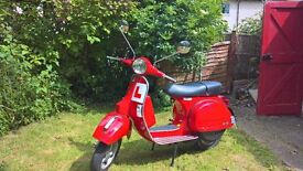 2016 VESPA PX 125 FIRECRACKER RED 400 MILES! DRY STORE. CLASSIC SCOOTER!