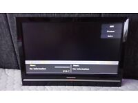 Grundig 19 inch LCD DVD Combi Digital TV