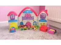 CHAD VALLEY DOLLS HOUSE