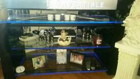 Demigio glass TV stand
