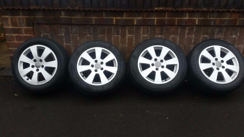 AUDI A3 ORIGINAL ALLOY WHEELS WITH TYRE'S X4 SIZE 205 55 R16 IN VERY GOOD CONDITION