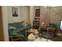 Double room in great Chorlton 2 bed flat - Beech road