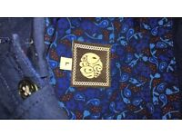 Pretty green shirt for sale size large
