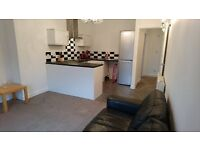 Stunning 2 Bedroom Flat with En-Suite and Seperate Bathroom. 2mins to St Annes Shops. Parking Spaces