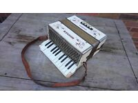 VINTAGE HOHNER STEEL REEDS STUDENT PIANO ACCORDION ALL ORIG STRAPS ETC G USED C SOUNDS GOOD