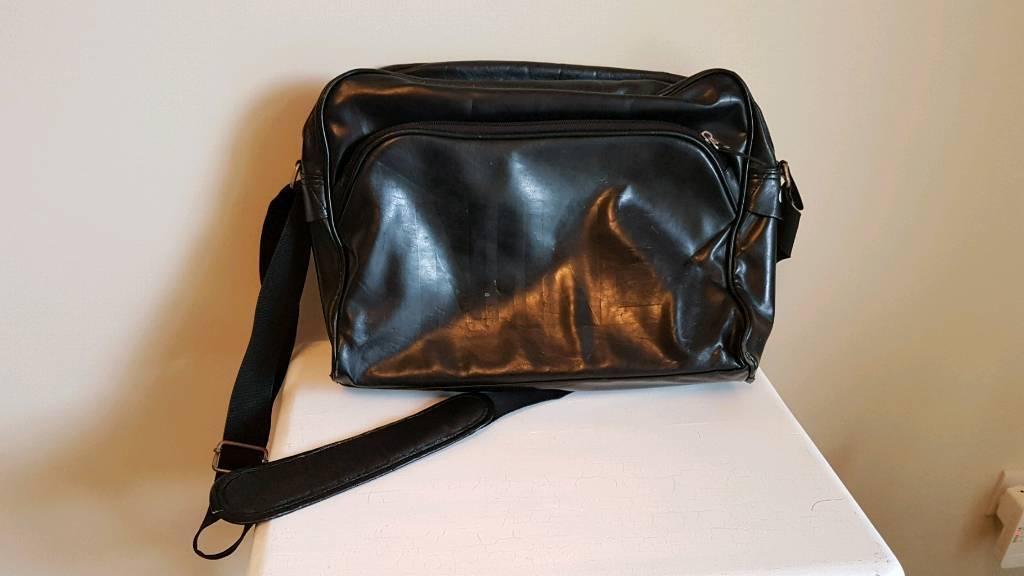 nike leather shoulder bag brand new bb7f7 4408c - yalamhrgnat.com cb09c59389a16