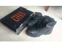 ** Trojan lites steeltoe boots size 11 brand new **