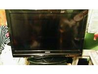 22ins portable flat tv with built in dvd player