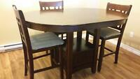 *****sold!****pub style table