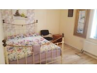 ALL BILLS INCLUDED & FURNISHED - Double Bed, Very clean & quiet room, safe and clean like your home