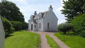 Recently renovated 3 bedroomed house on edge of small island village