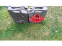 Fuel cans 20l