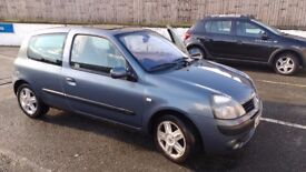 Renault Clio 1.2 Dynamique, 6 months MoT, 95k miles, would make a great first car!