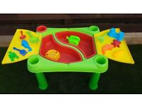 Childs Sand Pit/water table with toys