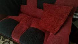 Sofa set of 3 + 2 + 1 seater with matching cushions.