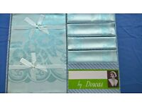 ARCTIC BLUE DAMASK TABLECLOTH AND NAPKINS NEW