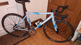 Giant OCR-3 Single Speed Road Bike. Spare Parts Included. £220 ONO.