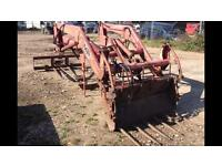 Massey Ferguson MF 80 front end loader complete with mounting cradle for 575 Mf and others models