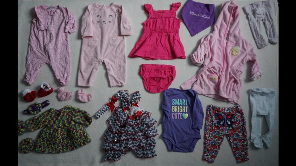Girls clothing (0-3 months)