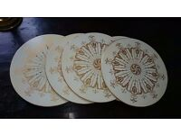 Table mats - set of 6 - retro - white and gold