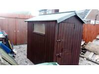 6' X 4' WOODEN BARN DOOR SHED WITH NEW FELT ROOF GOOD CONDITION FREE LOCAL DELIVERY