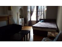 Leit walk - large room for girl