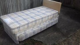 6 foot by 3 foot single bed with pull out mattress and supporting base