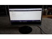 "LG 22"" Flatron LCD Monitor"