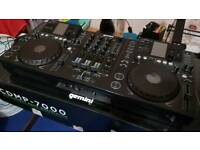 Gemini CDMP7000 - CDJ and Mixer all-in-one - Great Condition