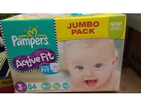 BNIB Pampers Active fit x148