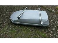 Halfords roofbox and bars 470 litre