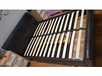 Kingsize bed with 2 drawers