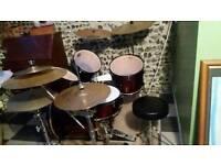 Pearl export drum kit + extra symbols
